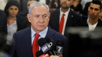 Photo of Netanyahu indicated in graft cases