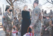 Photo of Jill Biden thanks Guard members with chocolate chip cookies