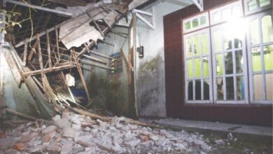 Photo of Indonesia's Java hit by magnitude 5.9 quake