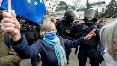 Photo of Czechs threaten to expel all Russian diplomats