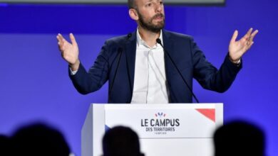 Photo of Head of Macron's party slams Muslim candidate's headscarf