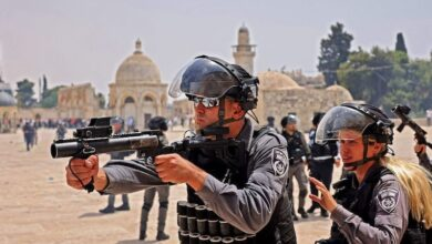 Photo of 20 Palestinians injured as Israeli police fire stun grenades at Al Aqsa hours after Gaza truce