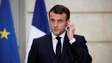 Photo of French President Macron slapped in the face during crowd walkabout