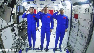 Photo of Chinese astronauts make first spacewalk outside new station