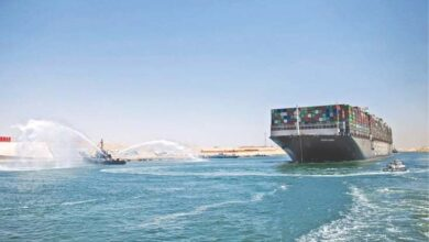 Photo of Megaship heads out of Suez after Egypt deal