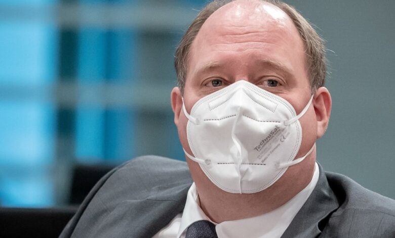 Photo of German politicians criticise warning to unvaccinated people